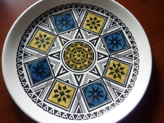 Attractive Bilton Stoneware. plate with 1960's geometric design in blue, yellow and black