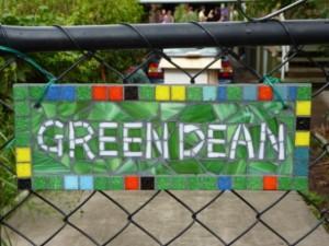 Green Dean Sign