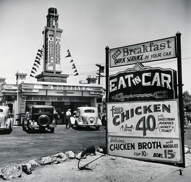'Eat in Car' Hollywood, CA 1935 (by John Gutmann)