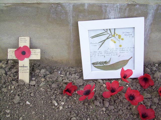 Tributes - Villers Bretonneaux, France