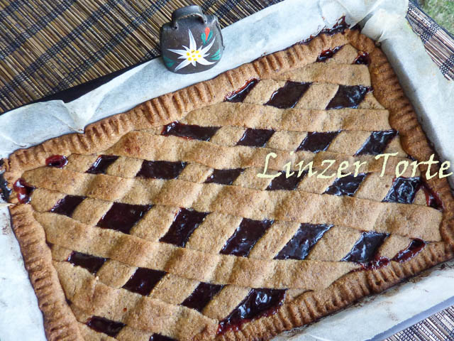 Linzer Torte Lattice