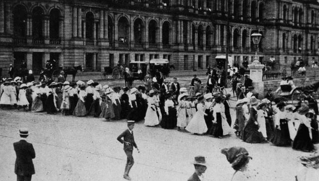 Women marching in a strike procession in Brisbane in 1912