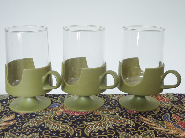 From a Bargara op shop: 3 Glas-Snap mugs by Corning with olive green plastic holders